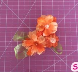 broches-de-flores-de-tela-scrapeatodo