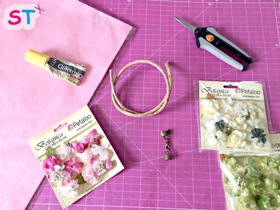 collares con flores de tela scrapeatodo 3
